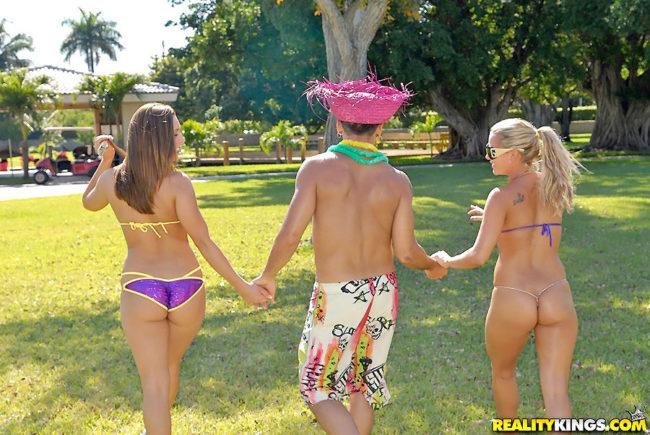 Gang bangs Las Vegas group sex parties Nevada swingers